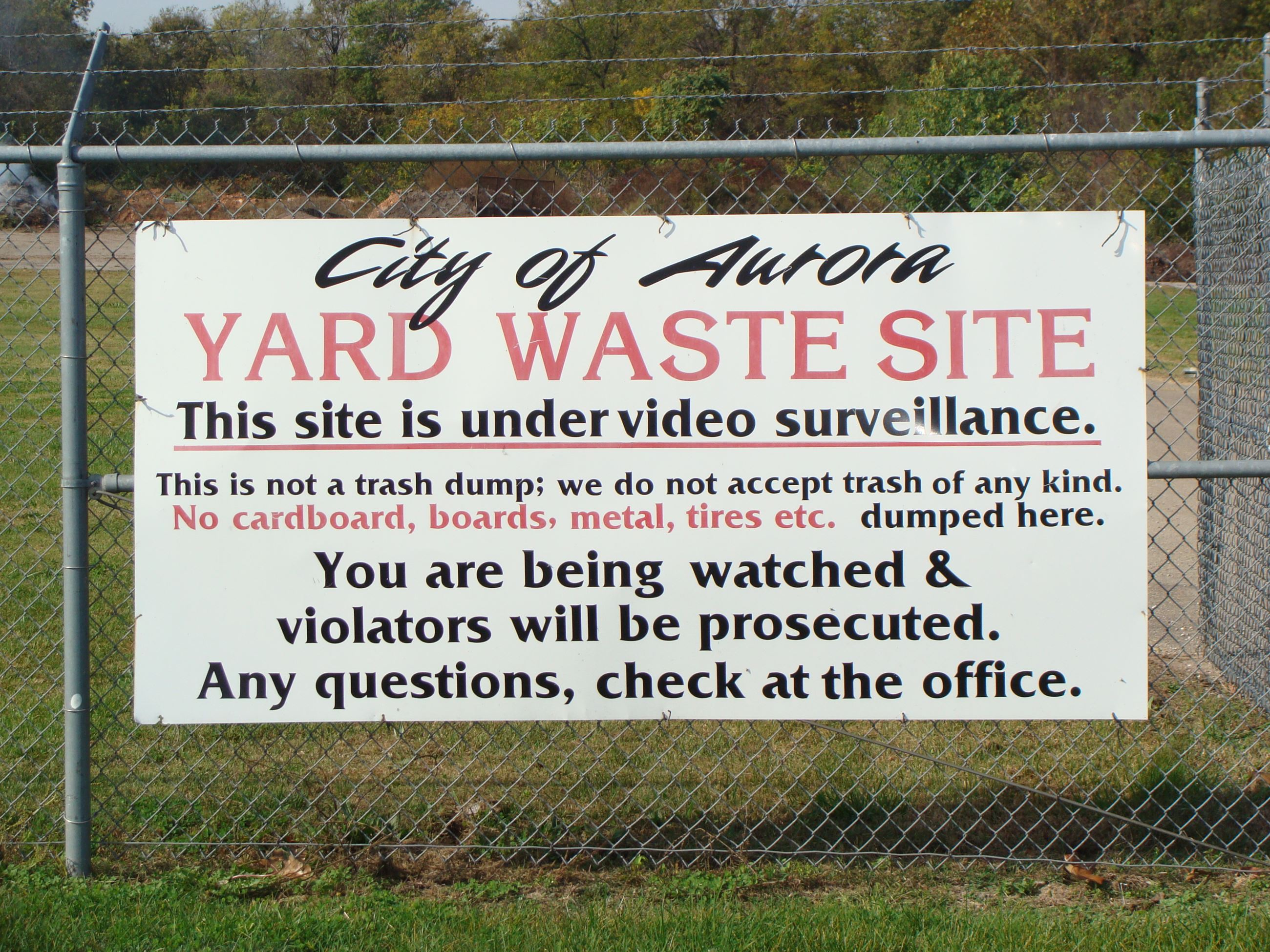 Yard Waste sign